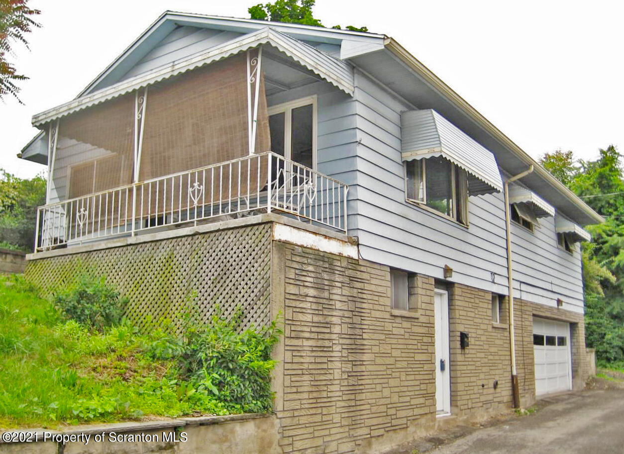 414 Orchard rear St, Scranton, Pennsylvania 18505, 3 Bedrooms Bedrooms, 6 Rooms Rooms,2 BathroomsBathrooms,Single Family,For Sale,Orchard rear,21-2456