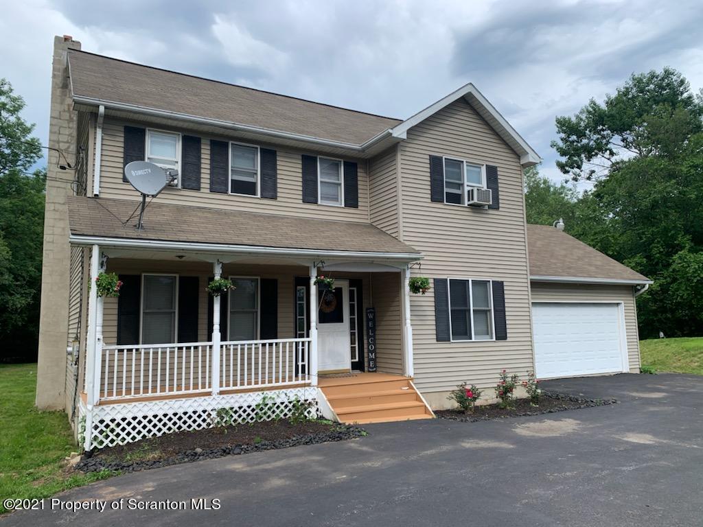 120 Georganna Dr, East Stroudsburg, Pennsylvania 18302, 4 Bedrooms Bedrooms, 8 Rooms Rooms,3 BathroomsBathrooms,Single Family,For Sale,Georganna,21-2460