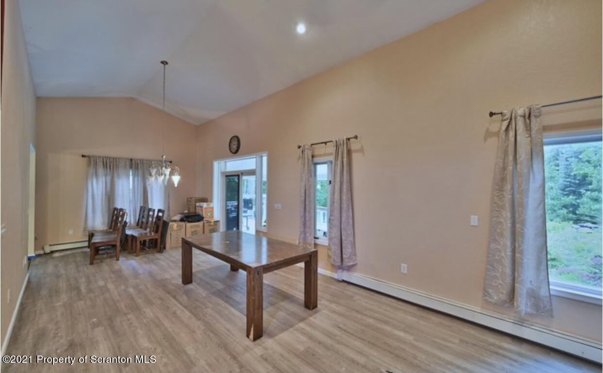 5031 Fifth Ave, Jefferson Twp, Pennsylvania 18436, 6 Bedrooms Bedrooms, 10 Rooms Rooms,4 BathroomsBathrooms,Single Family,For Sale,Fifth,20-5345