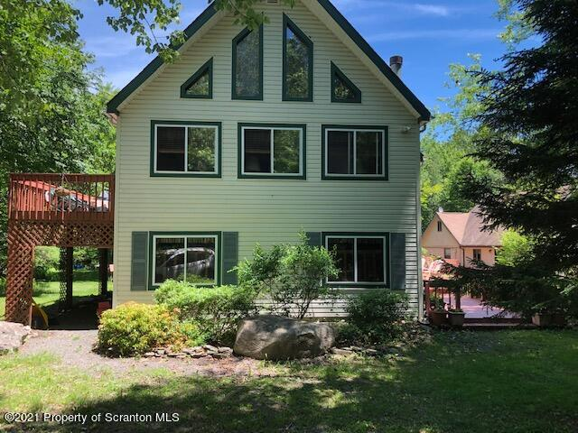 54 Round Up Trl, Gouldsboro, Pennsylvania 18424, 6 Bedrooms Bedrooms, 10 Rooms Rooms,2 BathroomsBathrooms,Single Family,For Sale,Round Up,21-2534