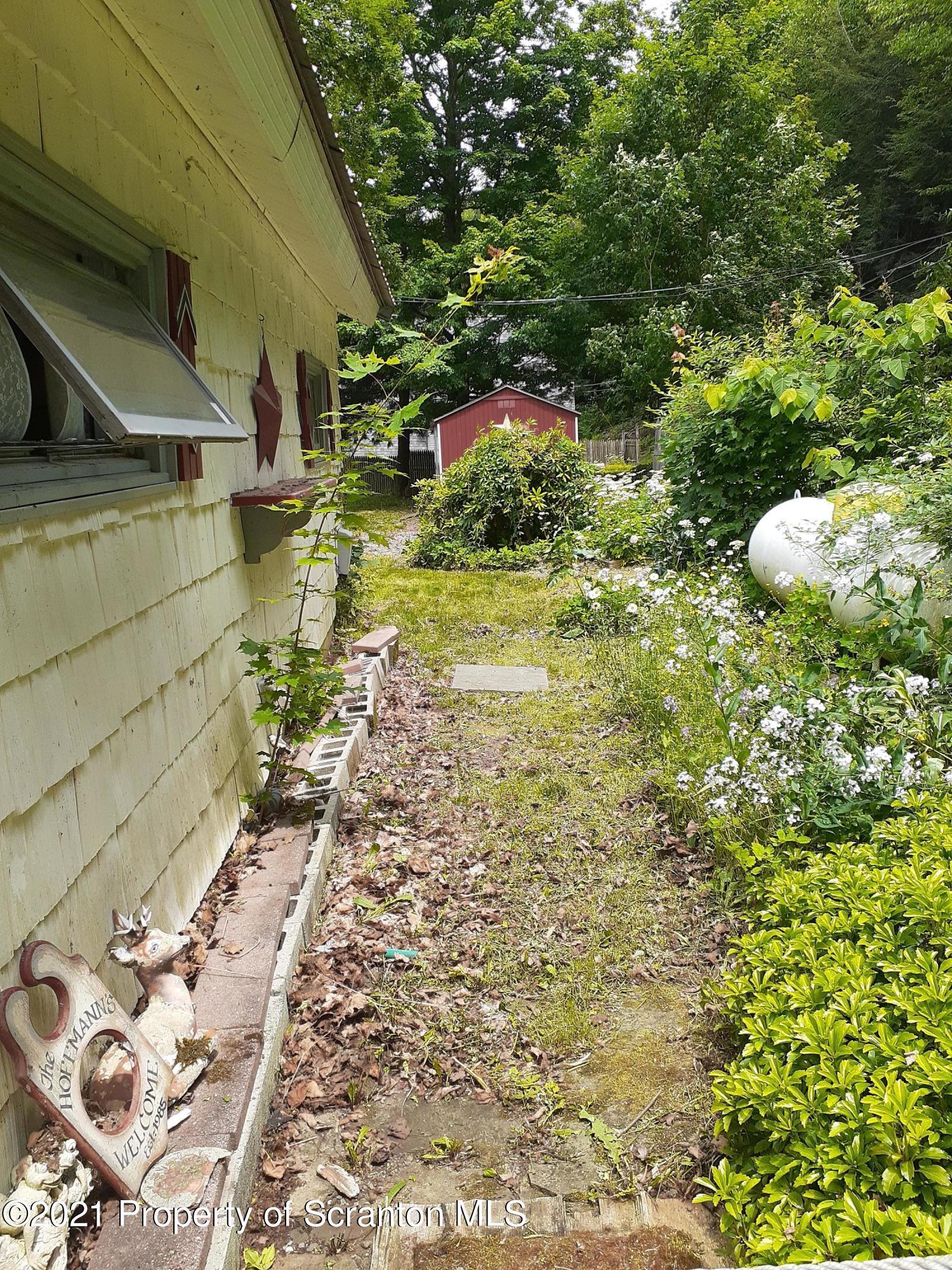 Foxton Lake Rd., Susquehanna, Pennsylvania 18847, 2 Bedrooms Bedrooms, 5 Rooms Rooms,1 BathroomBathrooms,Single Family,For Sale,Foxton Lake,21-2859