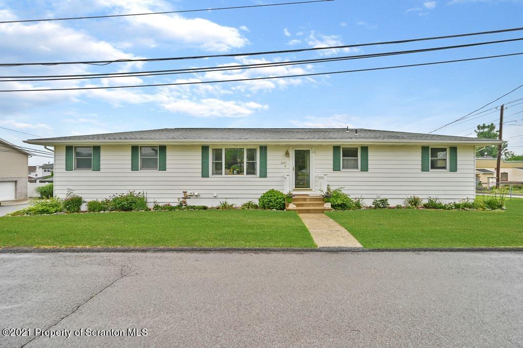 1107 Mylert St, Jessup, Pennsylvania 18434, 5 Bedrooms Bedrooms, 5 Rooms Rooms,2 BathroomsBathrooms,Single Family,For Sale,Mylert,21-2896