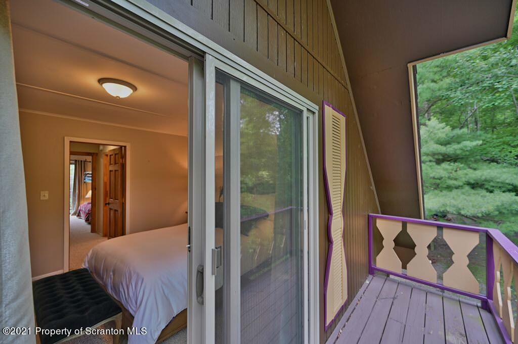 84 Fall Lane, Union Dale, Pennsylvania 18470, 5 Bedrooms Bedrooms, 8 Rooms Rooms,3 BathroomsBathrooms,Single Family,For Sale,Fall,21-3002