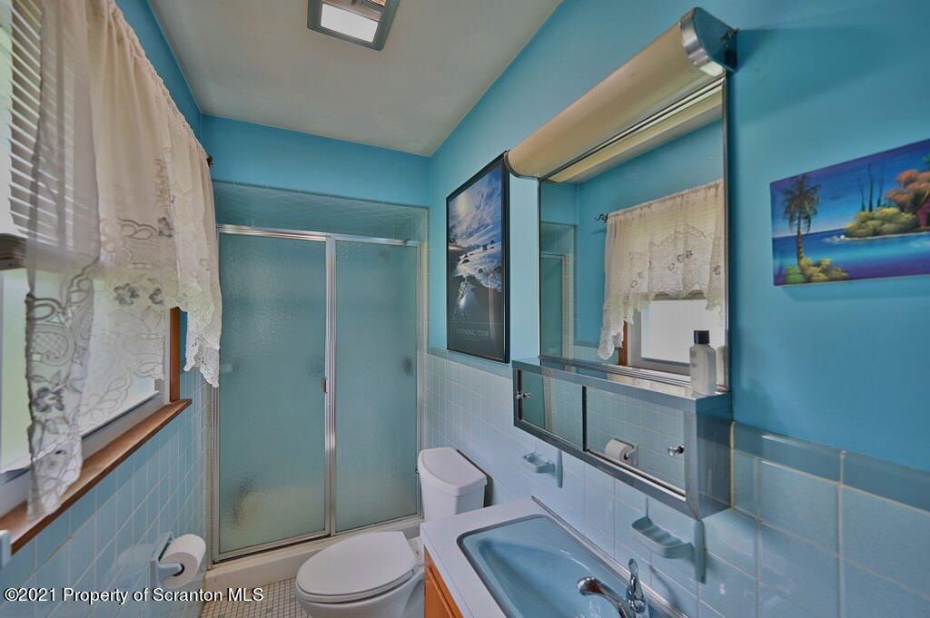 280 Mikridge Rd, Jermyn, Pennsylvania 18433, 3 Bedrooms Bedrooms, 6 Rooms Rooms,2 BathroomsBathrooms,Single Family,For Sale,Mikridge,21-3043