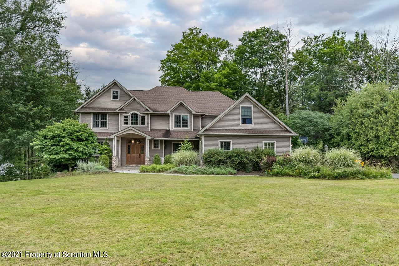 1215 Huntington Lane, Dalton, Pennsylvania 18414, 4 Bedrooms Bedrooms, 11 Rooms Rooms,3 BathroomsBathrooms,Single Family,For Sale,Huntington,21-3055