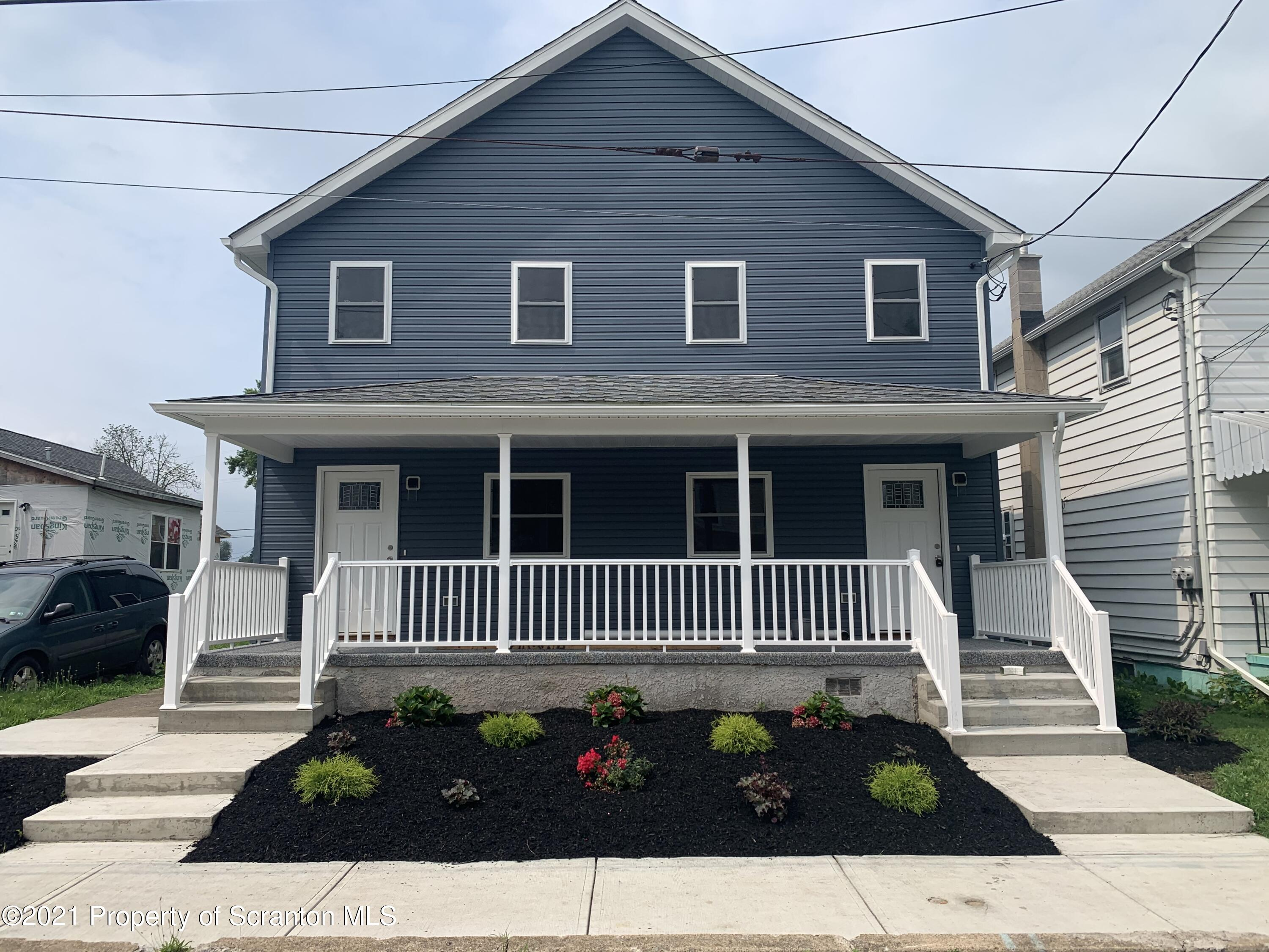 216 Sussex St, Old Forge, Pennsylvania 18518, ,Multi-Family,For Sale,Sussex,21-3173