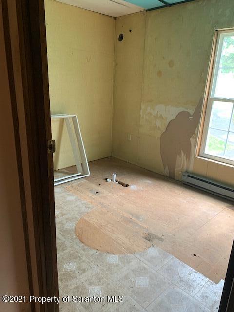 47 Lois Miller Road, Spring Brook Twp, Pennsylvania 18444, 3 Bedrooms Bedrooms, 6 Rooms Rooms,1 BathroomBathrooms,Single Family,For Sale,Lois Miller Road,21-3175