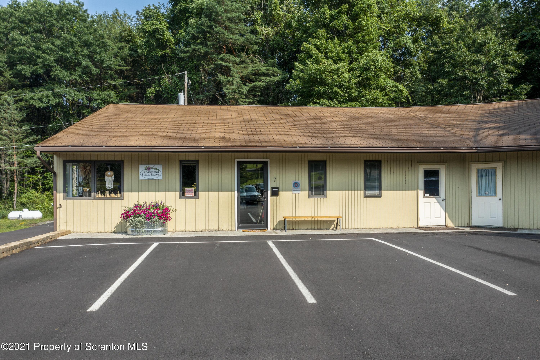 unit 9 Kim Ave, Tunkhannock, Pennsylvania 18657, ,1 BathroomBathrooms,Commercial,For Lease,Kim,21-3275