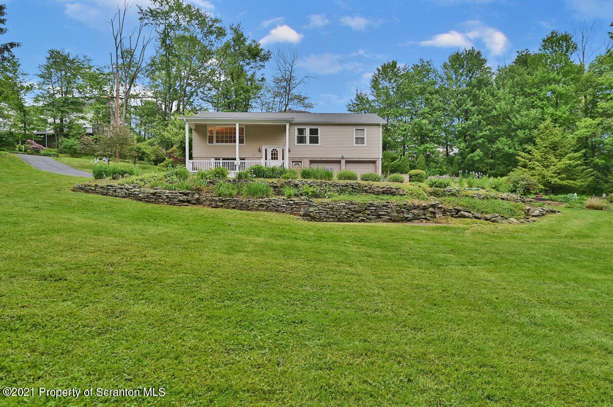 232 Fairview Rd, Clarks Green, Pennsylvania 18411, 3 Bedrooms Bedrooms, 7 Rooms Rooms,2 BathroomsBathrooms,Single Family,For Sale,Fairview,21-3290
