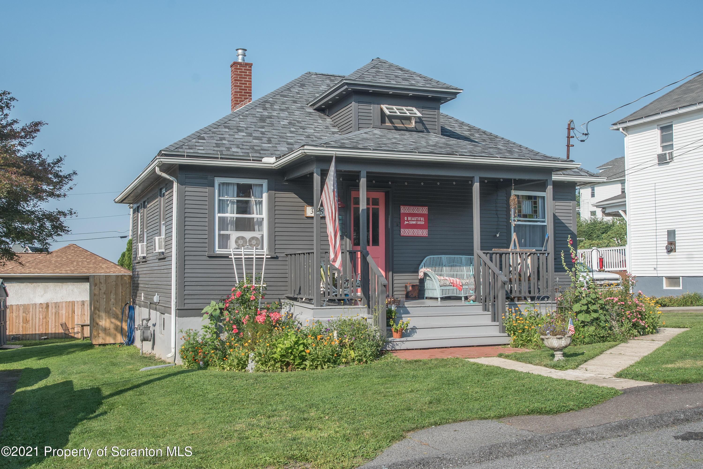 35 Penrose St, Peckville, Pennsylvania 18452, 2 Bedrooms Bedrooms, 5 Rooms Rooms,1 BathroomBathrooms,Single Family,For Sale,Penrose,21-3300