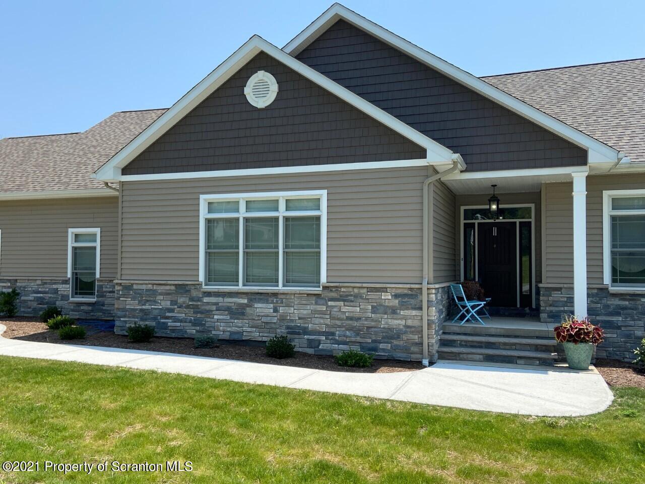 6 Laurel Dr, Scott Twp, Pennsylvania 18447, 3 Bedrooms Bedrooms, 7 Rooms Rooms,3 BathroomsBathrooms,Single Family,For Sale,Laurel,21-3292