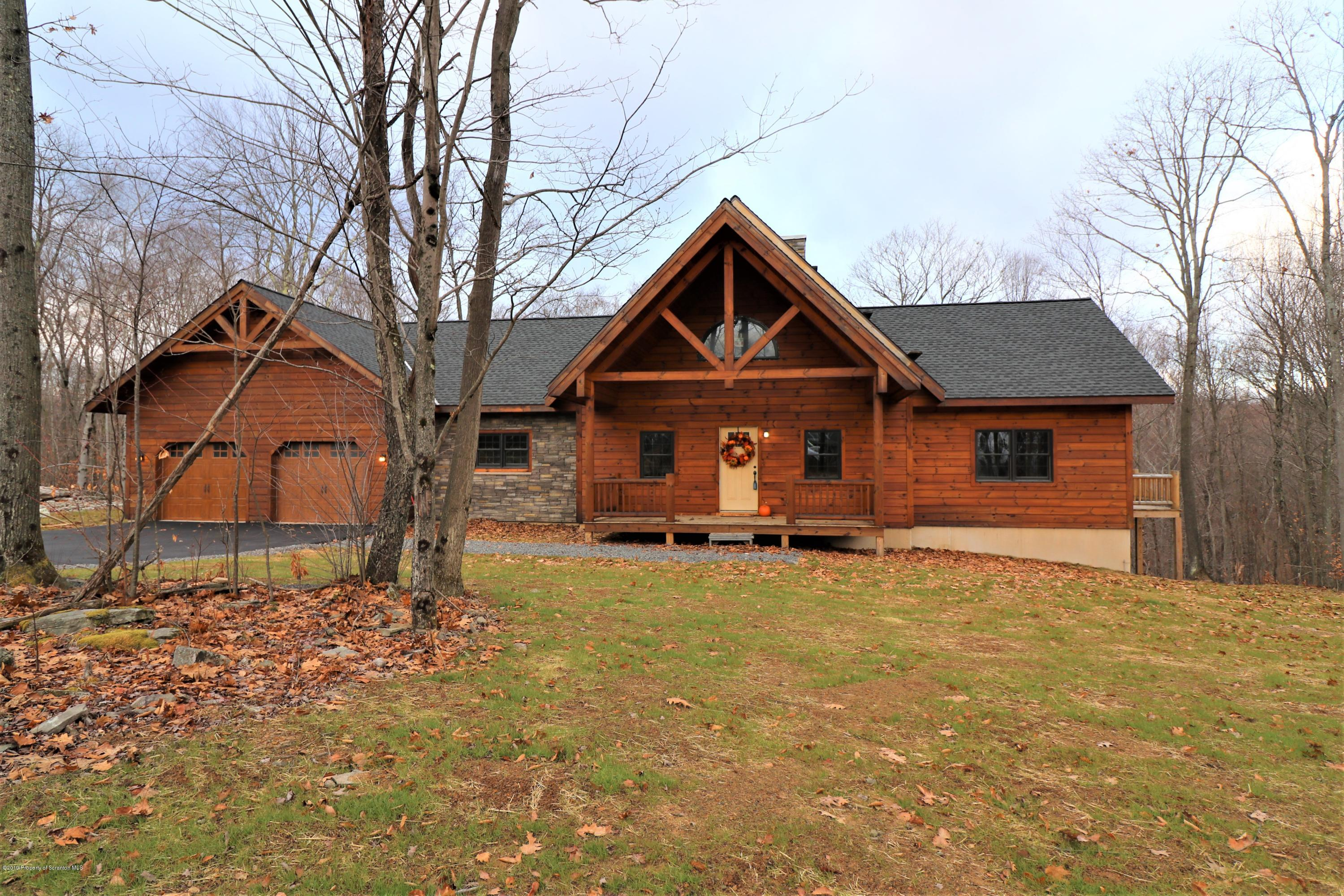 103 BROOKVIEW COURT, Roaring Brook Twp, Pennsylvania 18444, 4 Bedrooms Bedrooms, 7 Rooms Rooms,3 BathroomsBathrooms,Single Family,For Sale,BROOKVIEW,21-3328