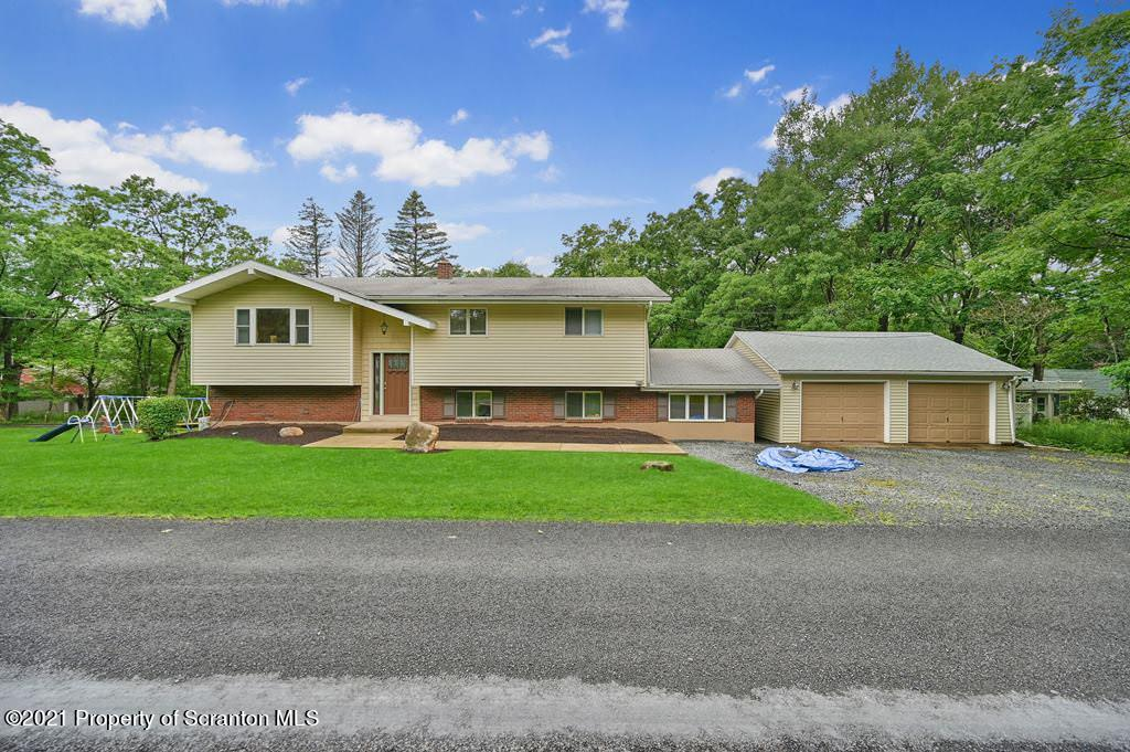 167 Old Lake Rd, Jefferson Twp, Pennsylvania 18436, 4 Bedrooms Bedrooms, 9 Rooms Rooms,2 BathroomsBathrooms,Single Family,For Sale,Old Lake,21-3437