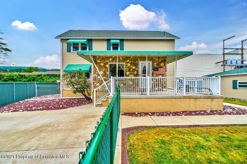 1212 Marion St, Peckville, Pennsylvania 18452, 3 Bedrooms Bedrooms, 7 Rooms Rooms,2 BathroomsBathrooms,Single Family,For Sale,Marion,21-3836