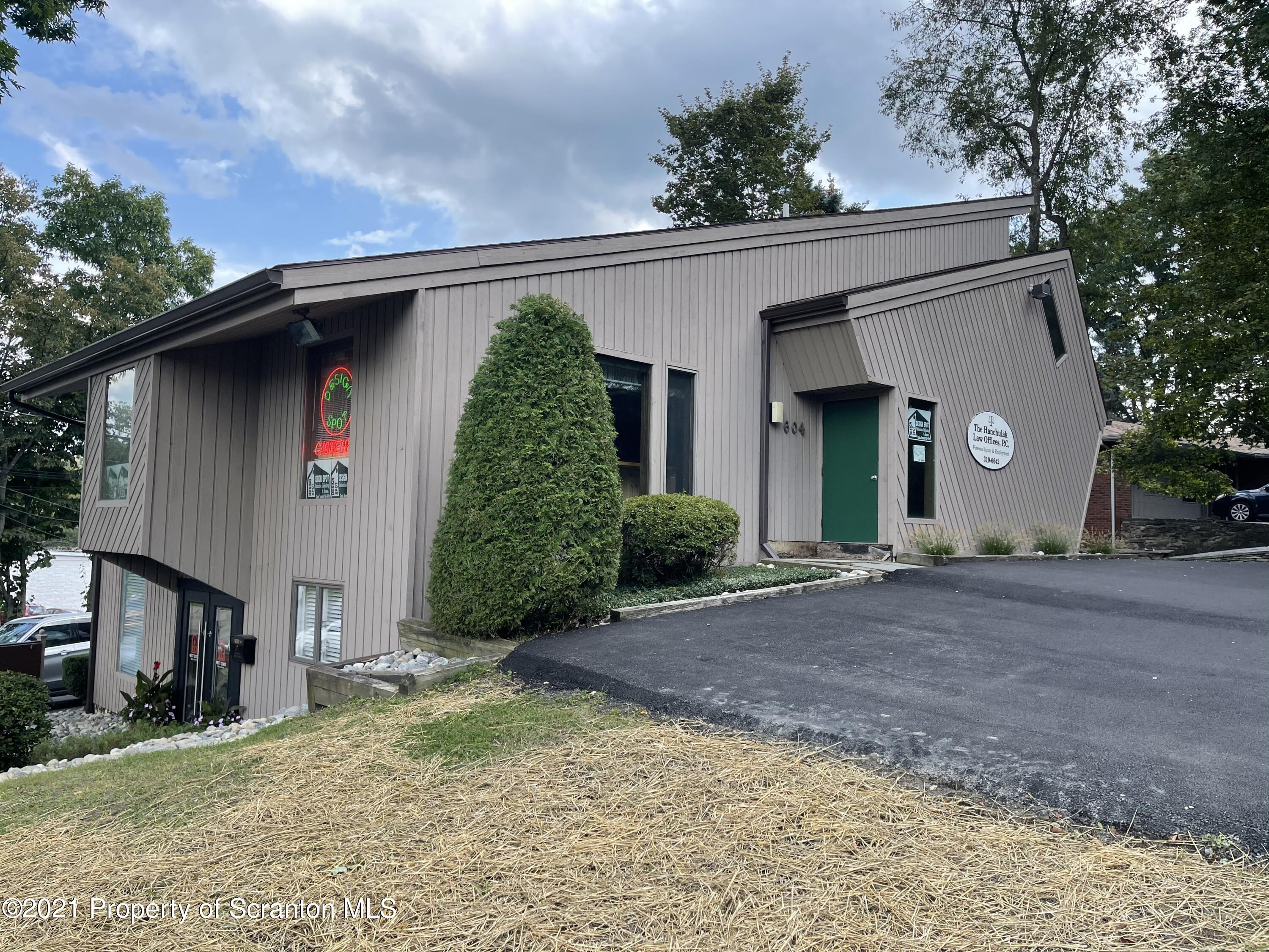 604 State St, Clarks Summit, Pennsylvania 18411, ,1 BathroomBathrooms,Commercial,For Lease,State,21-4335