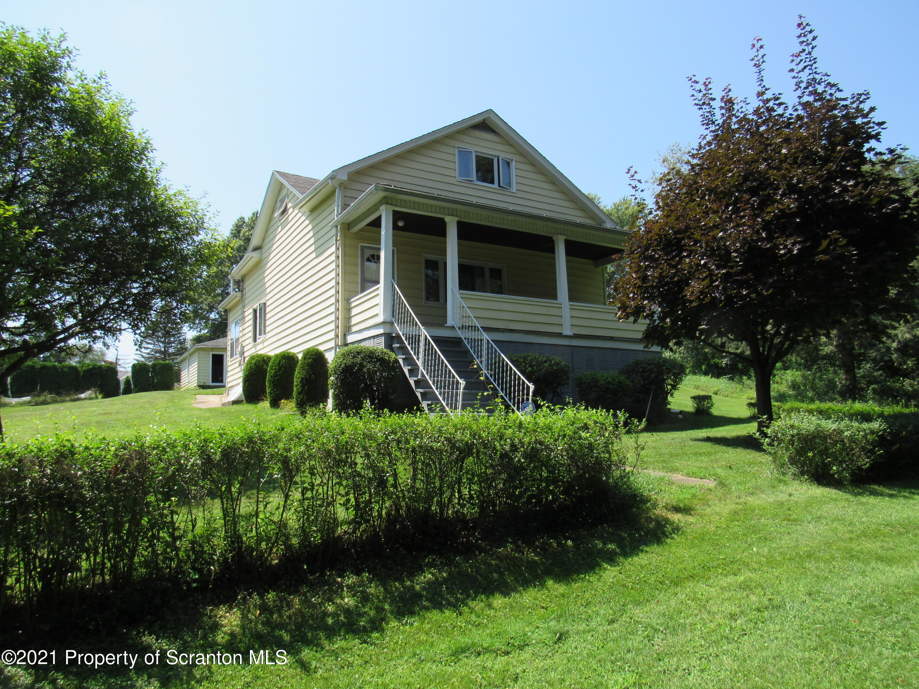 930 Fig St, Scranton, Pennsylvania 18505, 3 Bedrooms Bedrooms, 6 Rooms Rooms,1 BathroomBathrooms,Single Family,For Sale,Fig,21-4428