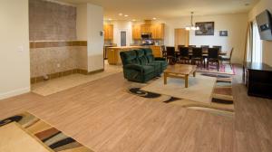 Single Family Home for Sale at 17360 Rancho Tehama Road Corning, California 96021 United States