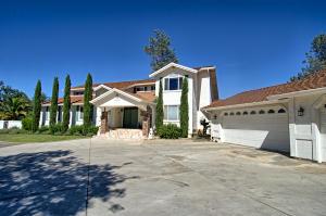 Casa Unifamiliar por un Venta en 13213 Blue Sky Road Bella Vista, California 96008 Estados Unidos