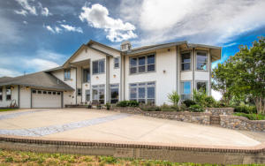 Casa Unifamiliar por un Venta en 19460 Adams Road Cottonwood, California 96022 Estados Unidos