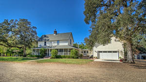 Single Family Home for Sale at 16100 RED BANK Road Red Bluff, California 96080 United States