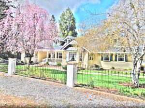 Single Family Home for Sale at 37192 Serpentine Lane Burney, California 96013 United States