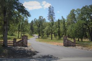 Single Family Home for Sale at 16249 Buzzard Roost Road Bella Vista, California 96069 United States