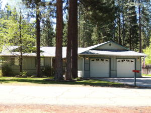 Single Family Home for Sale at 37165 Galena Circle Burney, California 96013 United States