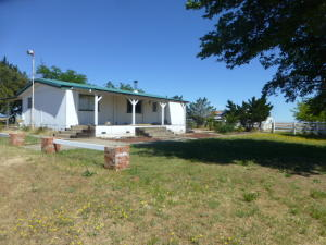 Casa Unifamiliar por un Venta en 20610 Canal View Road Corning, California 96021 Estados Unidos