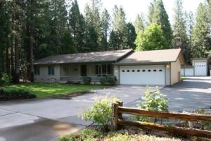 Single Family Home for Sale at 37105 Sapphire Road Burney, California 96013 United States