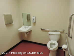24 - Mens  Bathroom