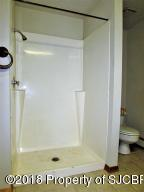 18-Bathroom (Laundry Area)