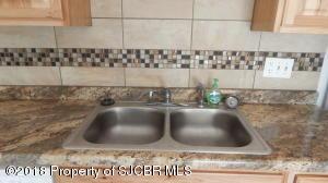 kitchen back splash / sink