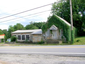 8512 West State Highway 76 Cape Fair Mo 65624