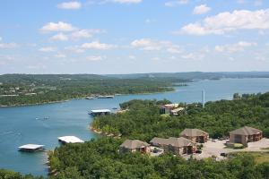 2290 Indian Point Branson Mo 65616 Unit 4