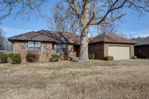 3783 West Edgewood Springfield Mo 65807