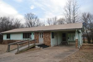 201 Oak Heights Exeter Mo 65647