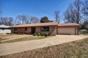 1710 South Roanoke Springfield Mo 65807