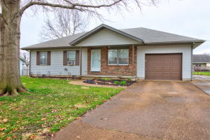 710 West Wollard Bolivar Mo 65613