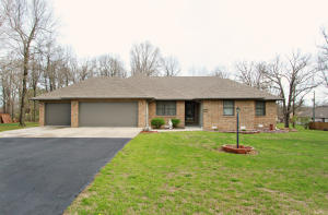 471 Forest Marshfield Mo 65706