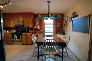 119 North Grand Prairie Willard Mo 65781