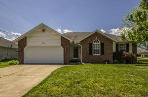 425 South Basswood Republic Mo 65738