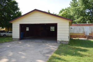 223 West Daugherty Carterville Mo 64835