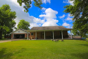 1403 County Road 7840 Caulfield Mo 65626