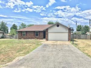 117 Grand Prairie Willard Mo 65781