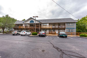 250 Berry Branson Mo 65616 Unit 9