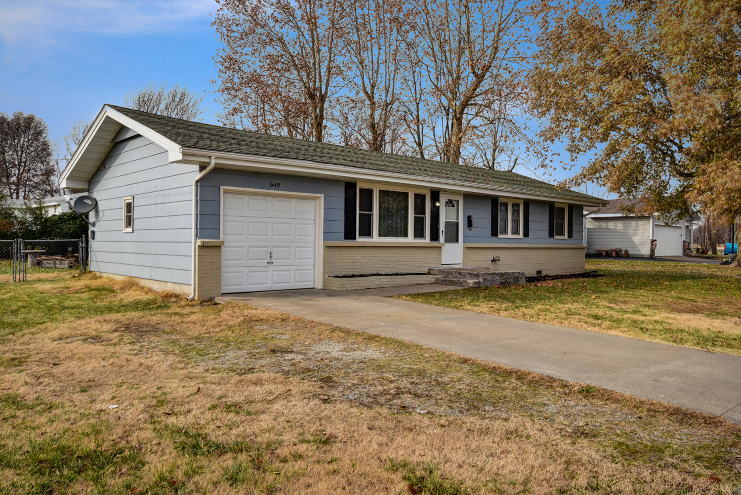 549 South West Republic Mo 65738