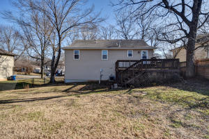5883 South Lilac Battlefield Mo 65619