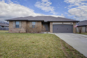 790 North Revolution Republic Mo 65738