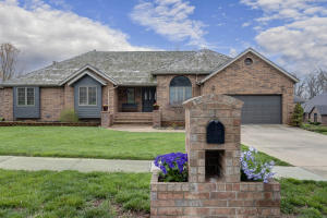 930 West Sherwood Springfield Mo 65810