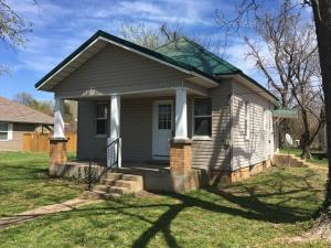 524 North Oakland Bolivar Mo 65613